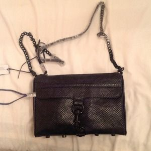 ⬇️ REDUCED ⬇️ Rebecca Minkoff MAC clutch