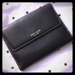 kate spade Clutches & Wallets - Kate spade pebbled wallet