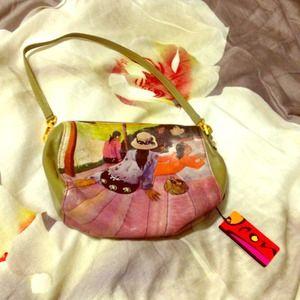 icon Handbags - New Icon designer handbag