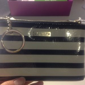 kate spade Clutches & Wallets - 「reduced」Kate spade purse