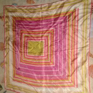 Accessories - Square scarf