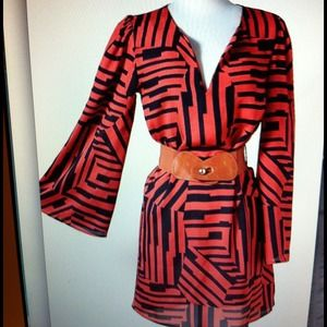 Dresses & Skirts - Striped red and back dress with belt