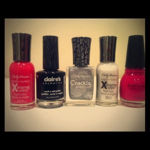 Nail Polish Bundle~ ❌Reserved❌