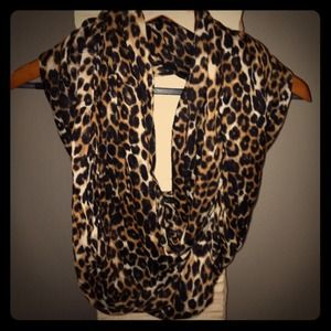 Accessories - Infinity animal print scarf