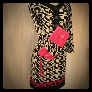 Express Pink Clutch 🐝