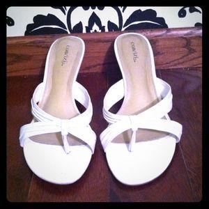 Shoes - White pumps!