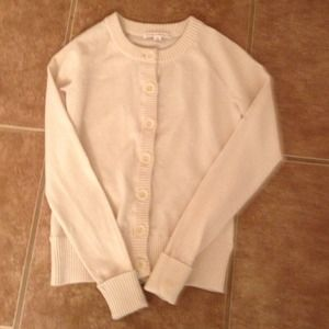 Sweaters - Banana Republic X-Small cream shirt sweater.