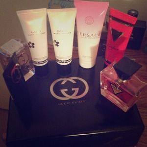 Gucci Other - ✋Reserved✋🎀Bundle🎀