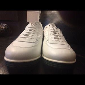NEW LOWER PRICE!!!! Gucci Mens Designer Sneakers