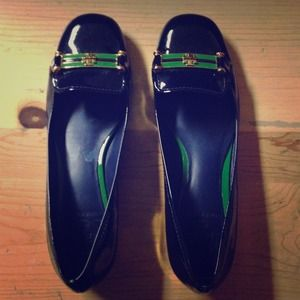Shoes - ✨SOLD✨ Tory Burch vintage patent leather flats