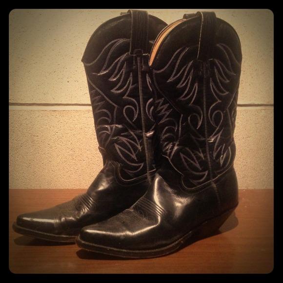 b4420cafd7e Gorgeous! Tony Mora cowboy boots!