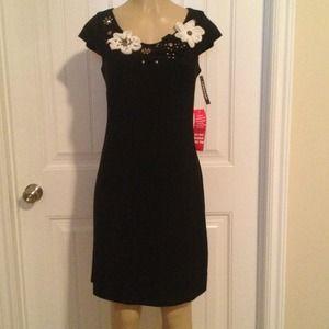 Dresses & Skirts - Black Dress w/ cute Floral n' beaded Deatail