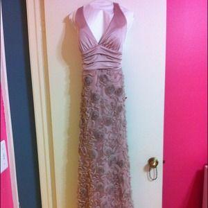 Champagne evening gown. Medium. Dress