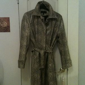 Outerwear - 💢REDUCED💢Snake print lined raincoat with belt
