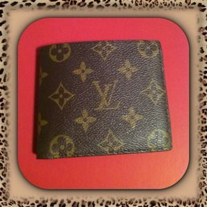 Louis Vuitton Handbags - 🎀Men's LV Wallet🎀