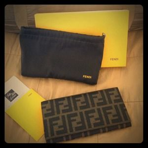 FENDI Clutches & Wallets - Authentic Fendi wallet never been used