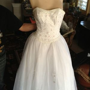 Dresses & Skirts - Sequin beaded princess gown