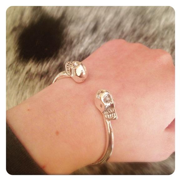 Jewelry - HALF OFF SALE | Silver Skull Bangle