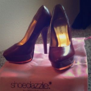 Fancy shoedazzle heels
