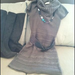 Sweaters - Grey sweater dress with belt