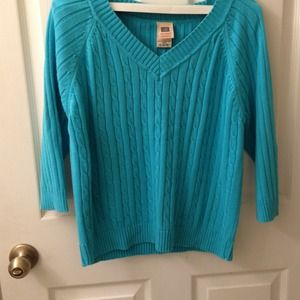 Sweaters - Beautiful aqua sweater size 16