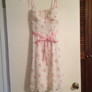 Spring dress white and baby pink floral