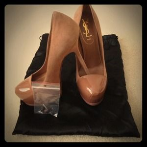 Yves Saint Laurent Shoes - Yves Saint Laurent nude/tan Trib too