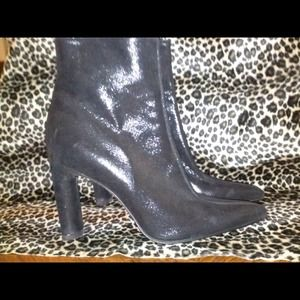 Shoes - Black Shimmering Vintage Boots🌟Sale🌟