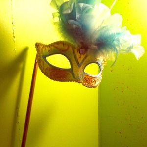 reputable site 01169 6a599 Accessories - Mardi Gras Mask