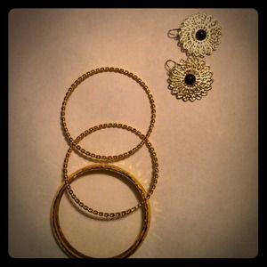 Bangle and earrings!