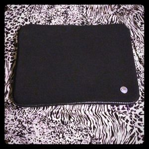 Accessories - 😍Black Targus Laptop CASE💜✨✨