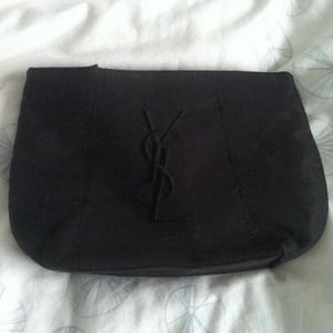 Yves Saint Laurent Handbags - KEEPING-YSL Clutch/Pouch