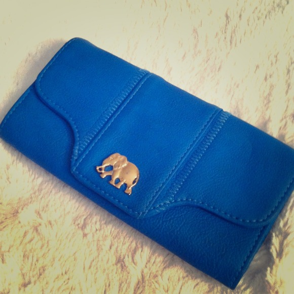 Lulu's Clutches & Wallets - ❌SOLD❌ Blue Wallet