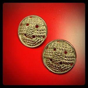 Jewelry - Vintage woven rope earrings