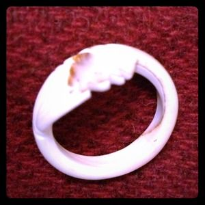 Jewelry - UNIQUE ARTISAN HAND CARVED SHELL RING