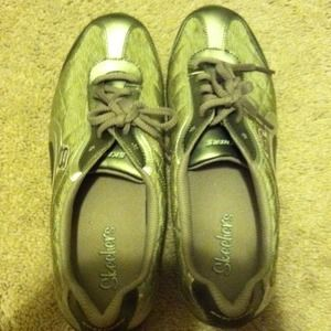 Used, Medalic gold and silver shoes for sale