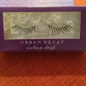 urban decay Accessories - Enigma Urban Lash, bag and nail polish