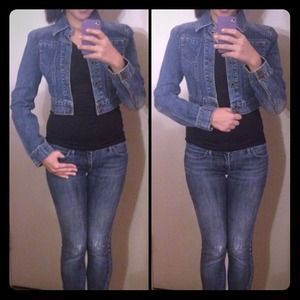 DKNY Denim - RESERVED for @alliroh -DKNY CROPPED DENIM JACKET