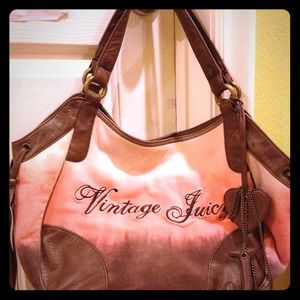 Juicy Couture Handbags - Velour Juicy Couture🎀  purse.