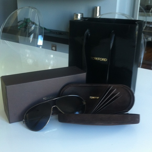 c41faba7456b BRAND NEW! Tom Ford Cecilio Aviator Sunglasses