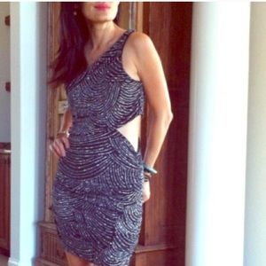 Dresses & Skirts - 🎉Diamonds are girl's best friend holiday dress