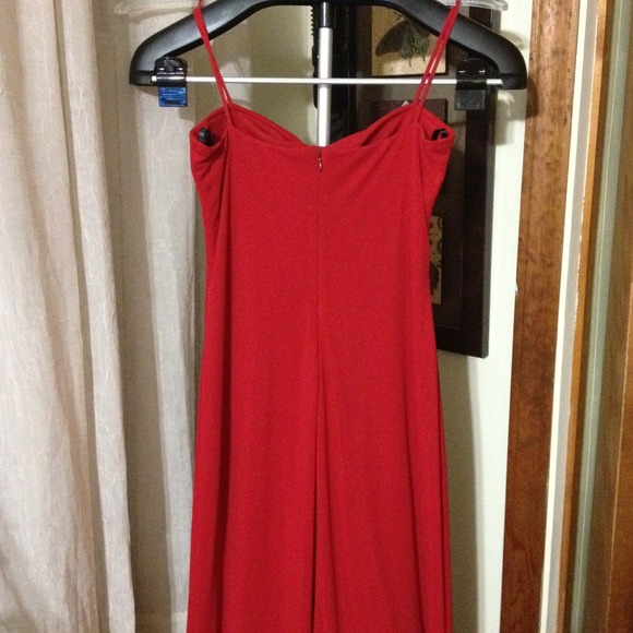laundry Dresses - REDUCED! Beautiful Red Gown