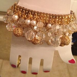 Jewelry - Exquisite Gold Crystal Pearl Bracelet!!