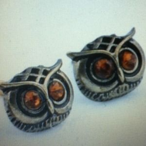 Jewelry - Vintage style owl bronze rhinestone earrings NEW