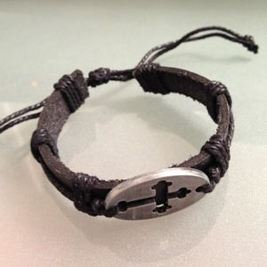 Accessories - Leather bracelet with metal cross