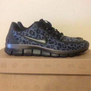 nike leopard print shoes free 5.0