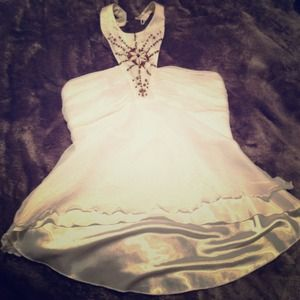 Tops - Cute white halter size m!