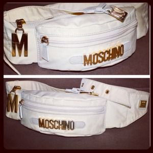 MOSCHINO fanny pack (vintage condition)