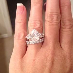 Jewelry - Jessica Simpson inspired wedding set
