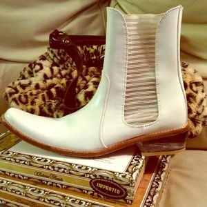 CLOSING SALE Contemporary cowgirl Ankle Boot